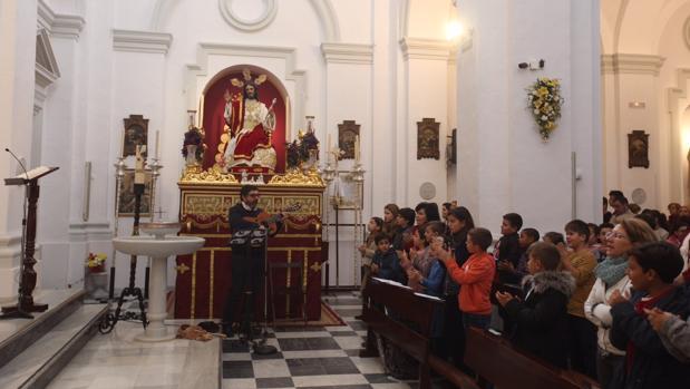 Jesús de la Paz, expuesto en besapies en su nueva sede, en San José