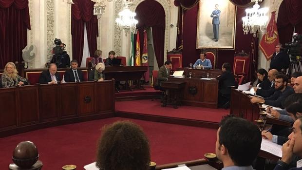 El equipo de gobierno ha logrado sacar adelante la modificación presupuestaria. Esta vez con el apoyo del PSOE.