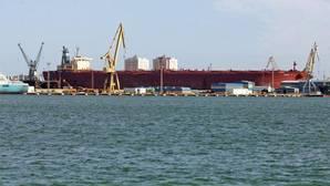 La plantilla de Puerto Real teme el desvío a Ferrol de más trabajo de los petroleros