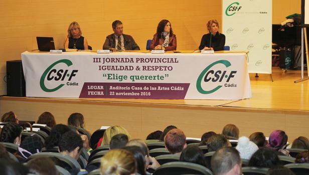 Más de 150 estudiantes de institutos de Cádiz participan en las Jornadas de Igualdad y Respeto organizadas por CSIF