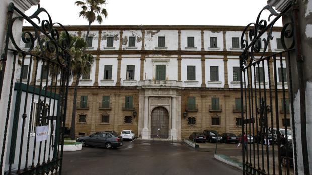Los populares propusieron que se ubicara el hotel en el terreno del Campo de las Balas.