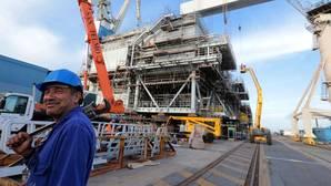 La Junta mete presión y reclama un plan de futuro para los astilleros de Cádiz