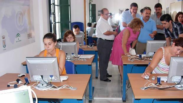 Chiclana se incorpora al programa de formación on-line 'Sé Digital Andalucía'