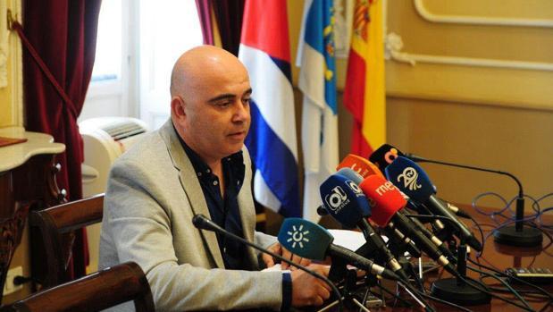 El PP y Csif desdicen a Navarro y niegan el consenso municipal con los sindicatos