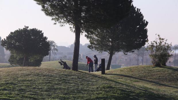 Un grupo de jugadores en Villanueva Golf estas Navidades