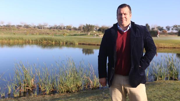 El director del Villanueva Golf, Omar Suárez