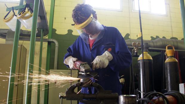 El PP acusa a la Junta de «meter la tijera» para escuelas taller y talleres de empleo