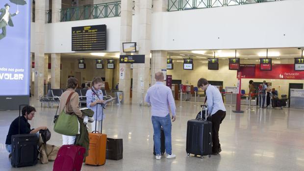 El aeropuerto de Jerez recupera pasajeros por segundo año