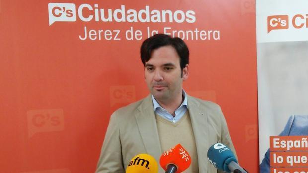 El edil de C's de Jerez detenido por supuestos malos tratos en Bilbao pide declarar en el juzgado