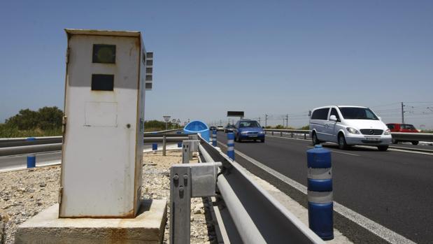 El radar de la CA-33, entre Cádiz y San Fernando, es de los más activos de la provincia.