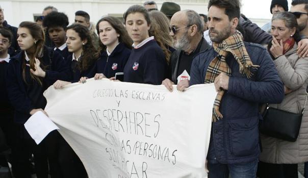 Concentración en La Caleta para evitar más muertes entre las personas sin hogar