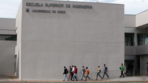 La UCA da el visto bueno al proyecto de la pasarela que unirá la ESI con la estación de Las Aletas