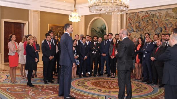 AJE Cádiz participa en la audiencia del Rey Felipe VI a CEAJE