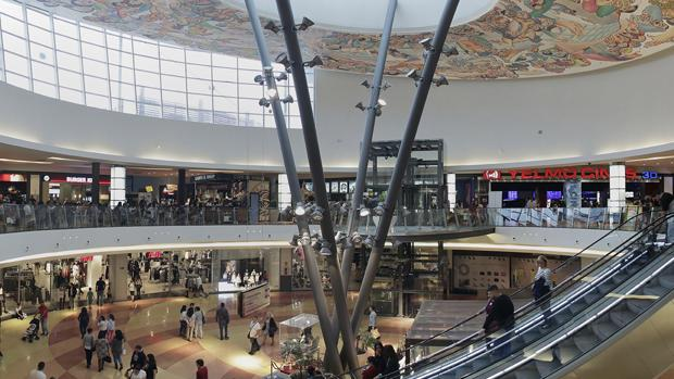 TIENDAS | Centro comercial Area Sur