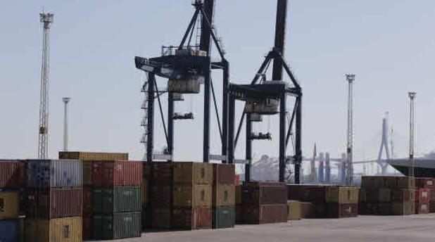 El tráfico de mercancías crece un 44% en el primer trimestre en el Puerto de Cádiz