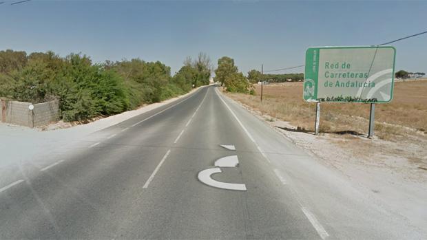 Una persona ha muerto tras un accidente en la carretera SE-3204, que une Alcalá de Guadaíra y Utrera