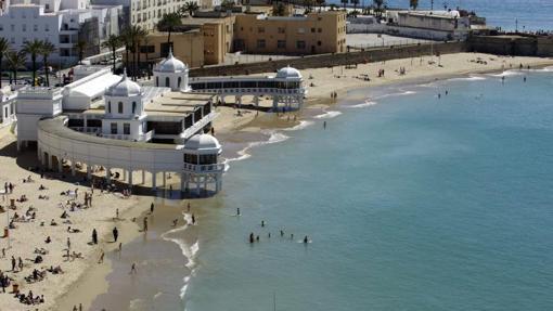 Vista de la playa de La Caleta de Cádiz