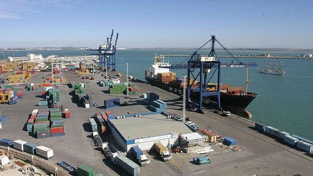 El puerto de la Bahía genera 10.859 empleos y 562 millones de valor añadido bruto