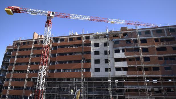 Foto de archivo de viviendas en construcción