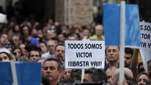 Miles de vecinos se unieron en la manifestación.