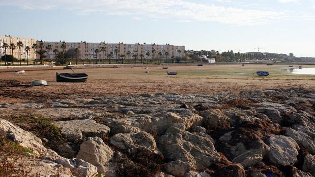 Playa de La Cacucha donde ha perdido la vida un bañista