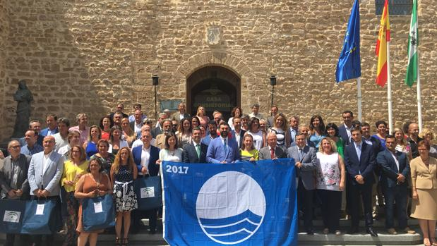 Acto de entrega de los 107 distintivos de 'Bandera Azul' en Andalucía
