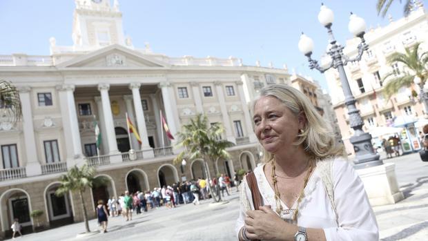 Colombo dirigirá las políticas del PP en Cádiz para intentar recuperar la Alcaldía.
