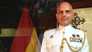 El capitán de navío Ignacio Paz, nuevo comandante del Elcano.
