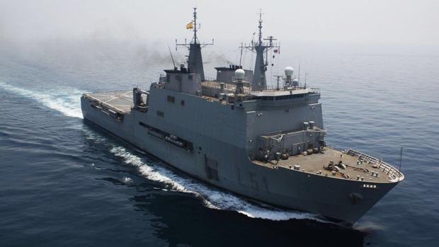 El buque de asalto anfibio 'Galicia' regresa a España desde el océano Índico.