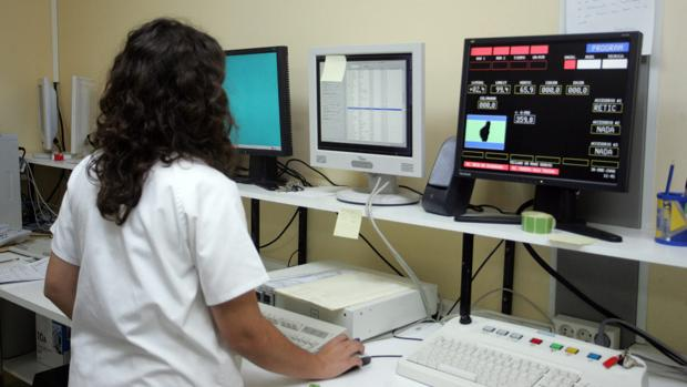 El servicio de Radioterapia del Hospital de Jerez registra medio centenar de pacientes en su primer mes