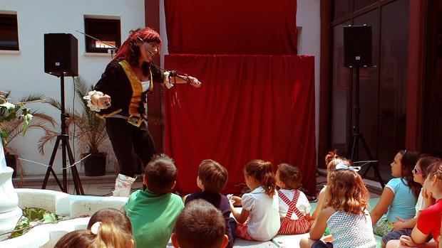 El teatro infantil y los títeres es un clásico del entretenimiento infantil