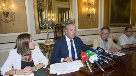 Juan Carlos Ruiz en rueda de prensa