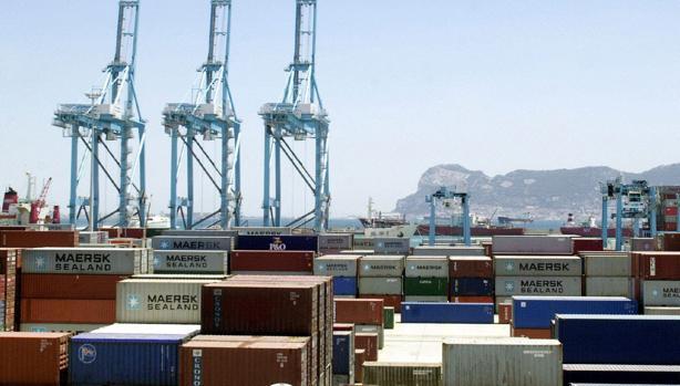 Container en el puerto de Algeciras