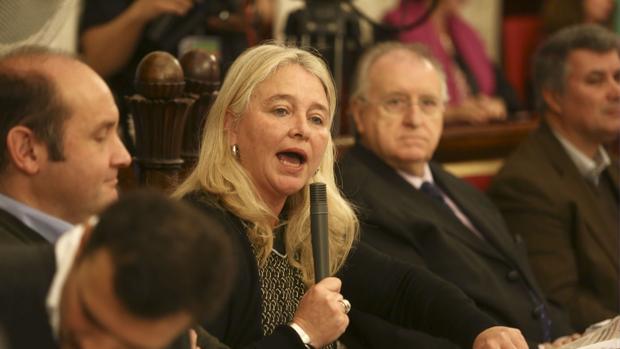Mercedes Colombo es la presidenta local del PP de Cádiz.