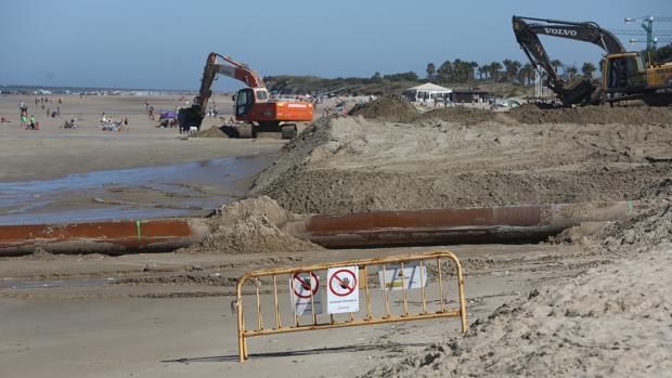 Imagen del estado que presenta esta semana la playa de La Ballena.