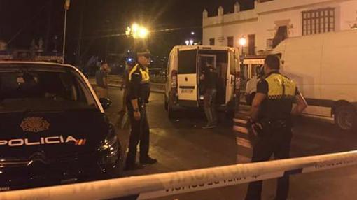 Agentes de la Policía acordonan la zona de Las Galeras