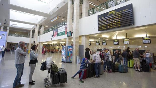 Área de facturación del aeropuerto de Jerez