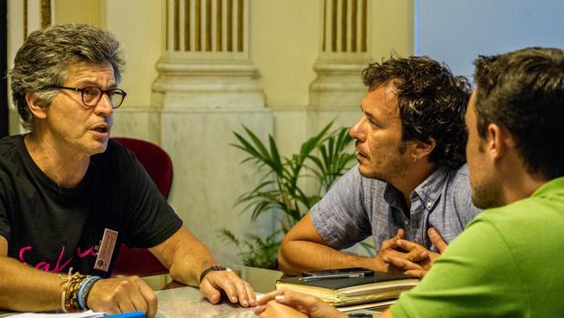 Un momento del encuentro en el despacho de Alcaldía.