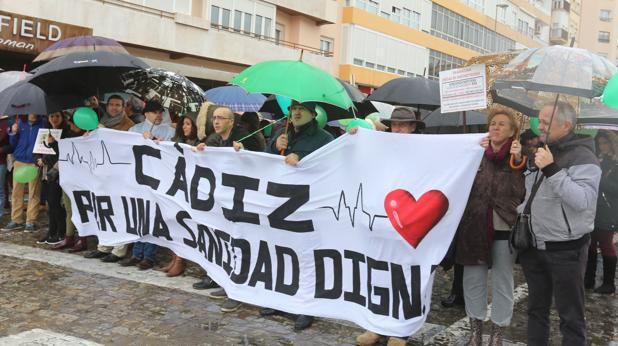 Manifestación en Cádiz en demandad de una sanidad de calidad