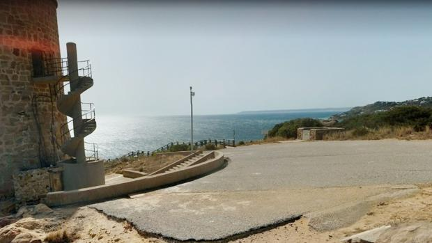 Zona de Faro Caraminal, cerca de Atlanterra