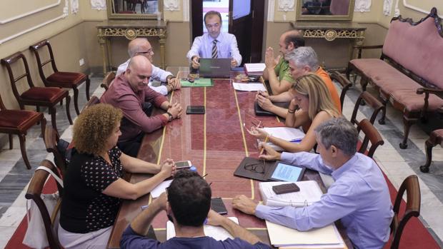 El Consejo de administración aprobó la destitución de David Navarro como consejero delegado.