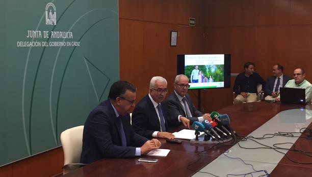 Jiménez Barrios durante la presentación de las cuentas de 2018 de la Junta para Cádiz