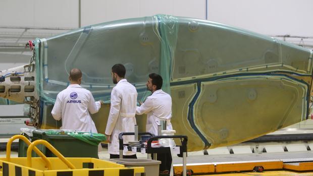 Trabajos en la planta de Airbus de El Puerto
