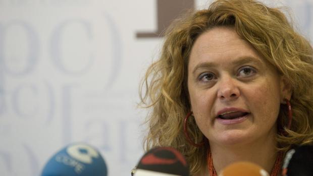 Blanca Flores aspira a liderar el PSOE en Cádiz.