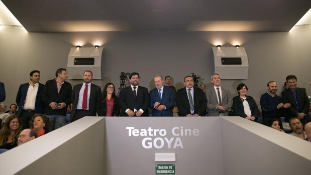 El cine-teatro Goya fue inaugurado por el presidente de la Diputación de Sevilla Fernando Rodríguez Villalobos