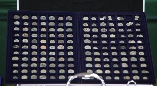 Una mínima parte de las monedas intervenidas en la operación de la Guardia Civil