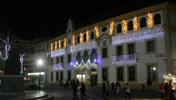 La calle San Sebastián fue testigo del inicio de la Navidad en Dos Hermanas