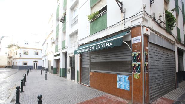 Uno de los locales del centro que ha sido objeto de un robo en las últimas semanas.