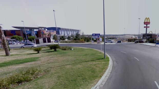El robo tuvo lugar en un centro comercial del polígono industrial Cabeza Hermosa