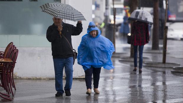 Se esperan lluvias fuertes y vientos de hasta 100 kilómetros por hora.